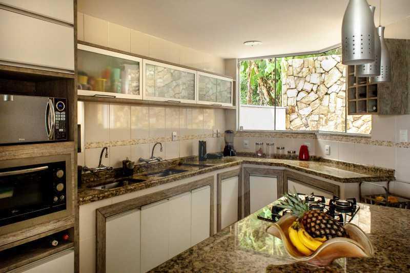 15 Casa Padrão Camboinhas - Imobiliária Agatê Imóveis vende Casa de 390 m² Camboinhas - Niterói por 2.490 mil reais - HTCA50016 - 16