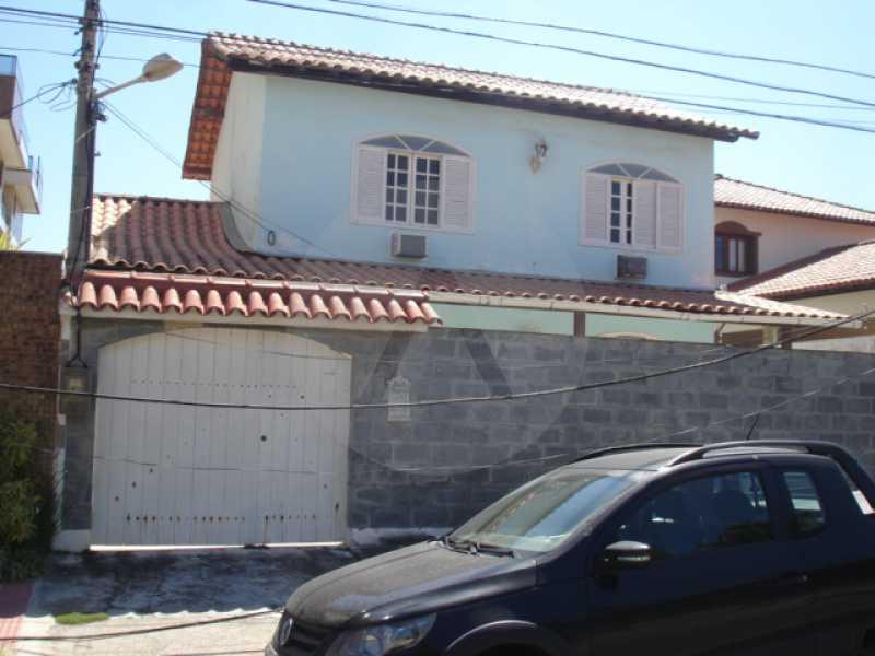 1 - Casa Piratininga - Imobiliária Agatê Imóveis vende Casa de 300 m² Piratininga - Niterói por 900 mil reais - HTCA30147 - 1
