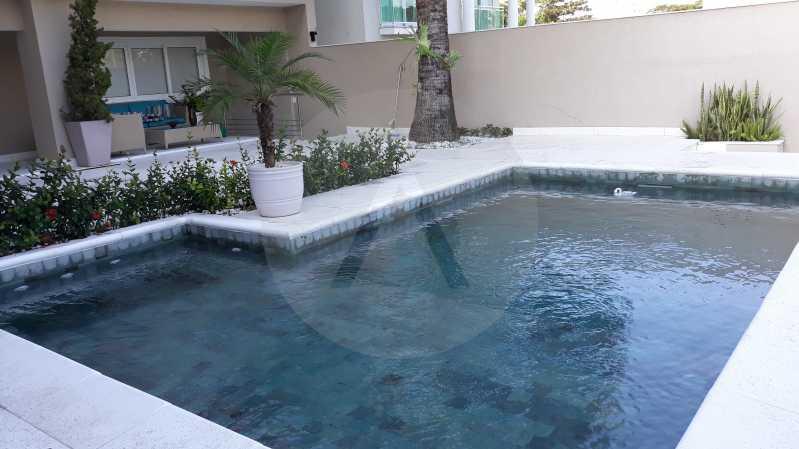 4 - Imobiliária Agatê Imóveis vende Casa Duplex de 450 m² Camboinhas - Niterói por 4.300 mil reais. - HTCA40071 - 5