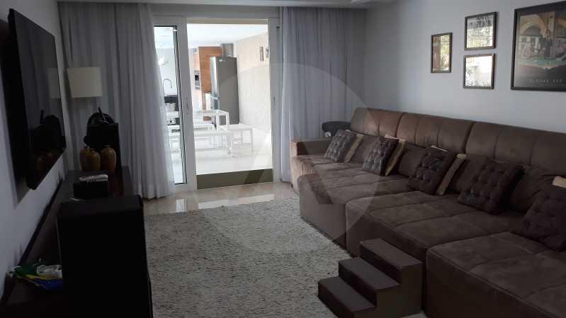 10 - Imobiliária Agatê Imóveis vende Casa Duplex de 450 m² Camboinhas - Niterói por 4.300 mil reais. - HTCA40071 - 10