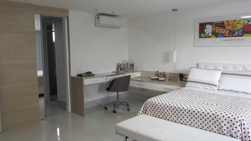 17 - Imobiliária Agatê Imóveis vende Casa Duplex de 450 m² Camboinhas - Niterói por 4.300 mil reais. - HTCA40071 - 17