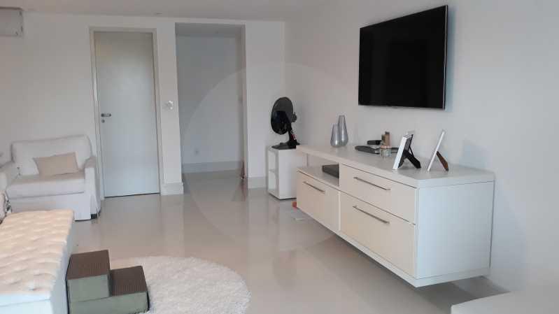 22 - Imobiliária Agatê Imóveis vende Casa Duplex de 450 m² Camboinhas - Niterói por 4.300 mil reais. - HTCA40071 - 22