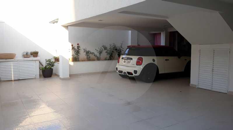 29 - Imobiliária Agatê Imóveis vende Casa Duplex de 450 m² Camboinhas - Niterói por 4.300 mil reais. - HTCA40071 - 29