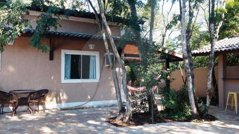1 Casa Linear Itaipu. - Imobiliária Agatê Imóveis vende Casa Padrão de 120m² Itaipu - Niterói por 590 mil reais. - HTCA30167 - 3