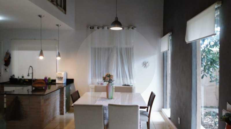 15 Casa Linear Itaipu. - Imobiliária Agatê Imóveis vende Casa Padrão de 120m² Itaipu - Niterói por 590 mil reais. - HTCA30167 - 1