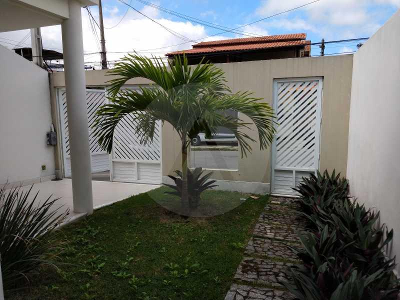 3 Casa 3 suites Piratininga - Imobiliária Agatê Imóveis vende Casa Padrão de 220m² Piratininga - Niterói por 840 mil reais. - HTCA40078 - 4