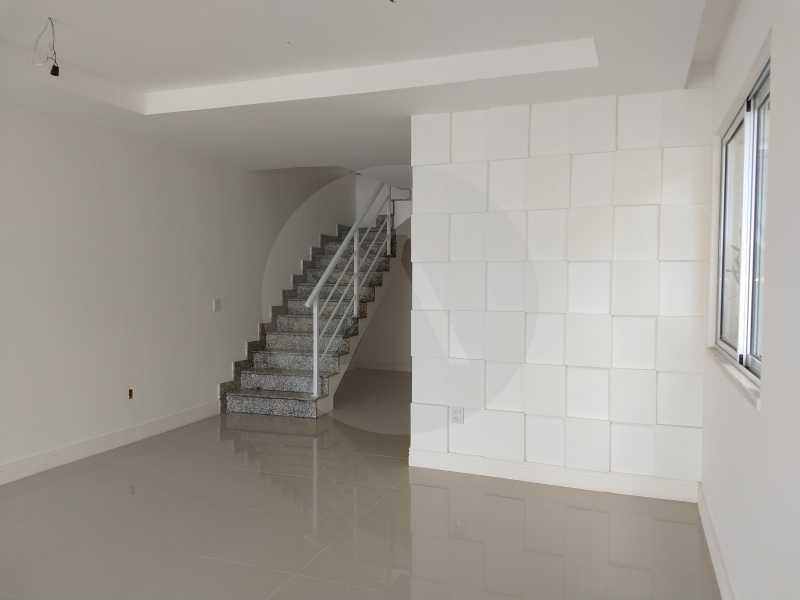 5 Casa 3 suites Piratininga - Imobiliária Agatê Imóveis vende Casa Padrão de 220m² Piratininga - Niterói por 840 mil reais. - HTCA40078 - 6