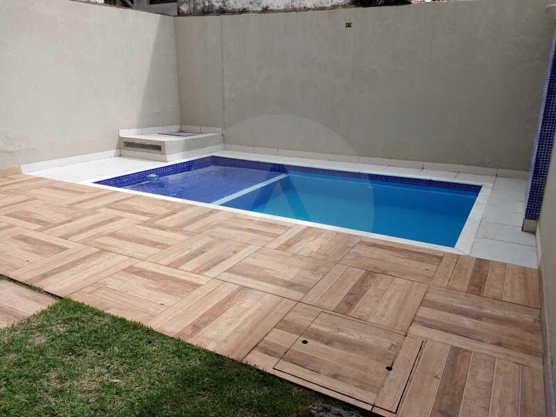 29 Casa 3 suites Piratininga - Imobiliária Agatê Imóveis vende Casa Padrão de 220m² Piratininga - Niterói por 840 mil reais. - HTCA40078 - 28