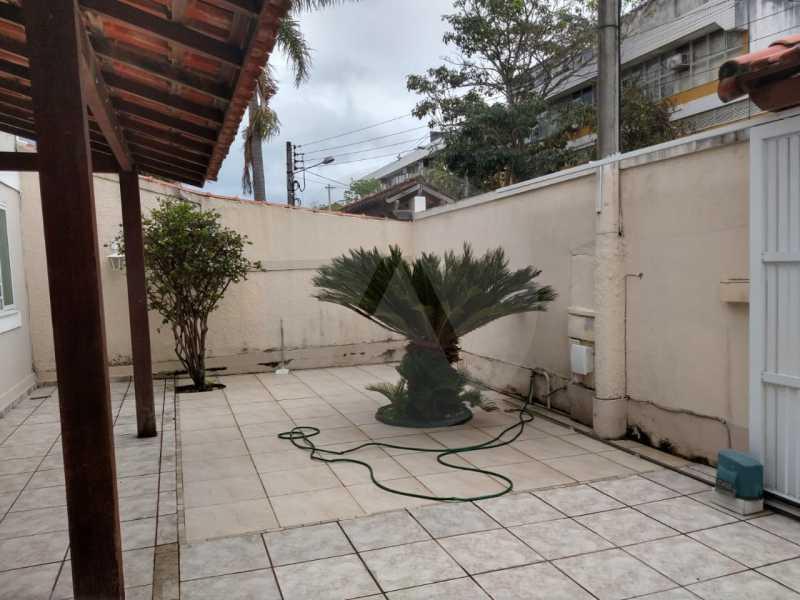 3 Casa Padrão Itaipu. - Imobiliária Agatê Imóveis vende Casa Padrão de 220m² Itaipu - Niterói por 700 mil reais. - HTCA30182 - 4