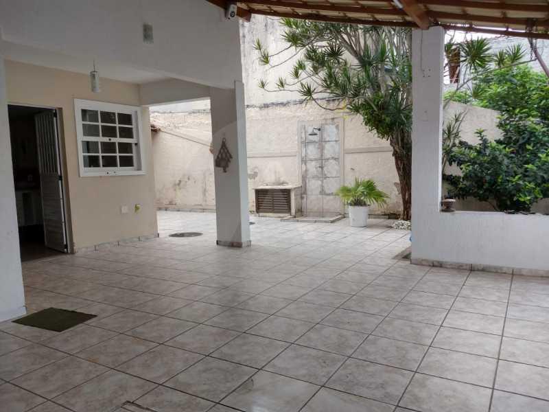 11 Casa Padrão Itaipu. - Imobiliária Agatê Imóveis vende Casa Padrão de 220m² Itaipu - Niterói por 700 mil reais. - HTCA30182 - 12
