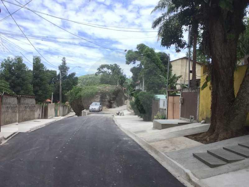 29 Casa Linear Piratininga. - Imobiliária Agatê Imóveis vende Casa Padrão de 100m² Itaipu - Niterói por 480 mil reais. - HTCA40079 - 30