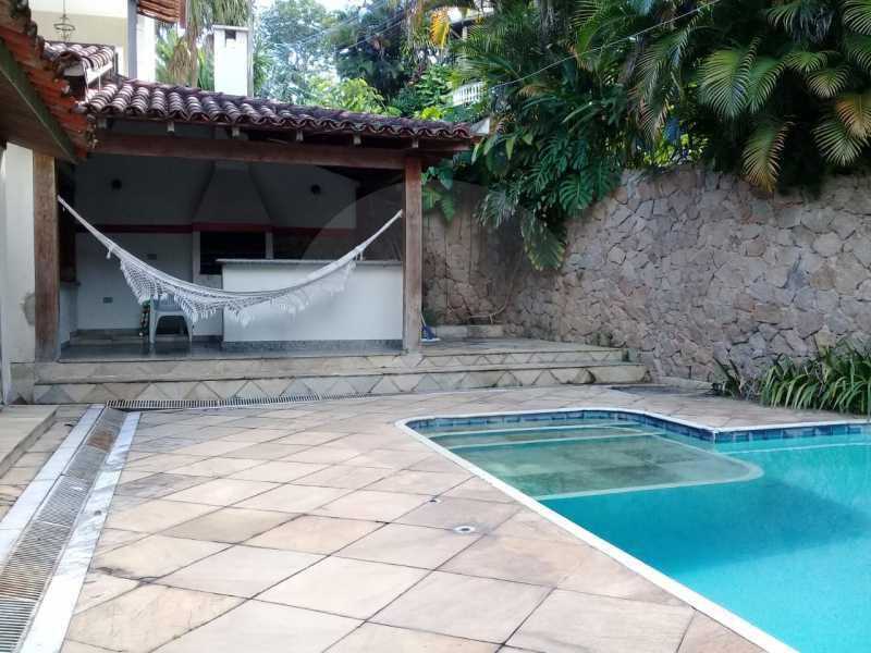 6 Casa Duplex em Condomínio I - Imobiliária Agatê Imóveis vende Casa em Condomínio de 420m² Itaipu - Niterói por 1.400 mil reais. - HTCN50009 - 7