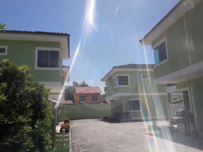 12 Casa em Condomínio Itaipu - Imobiliária Agatê Imóveis vende Casa em Condomínio de 95m² Itaipu - Niterói. - HTCN20027 - 13