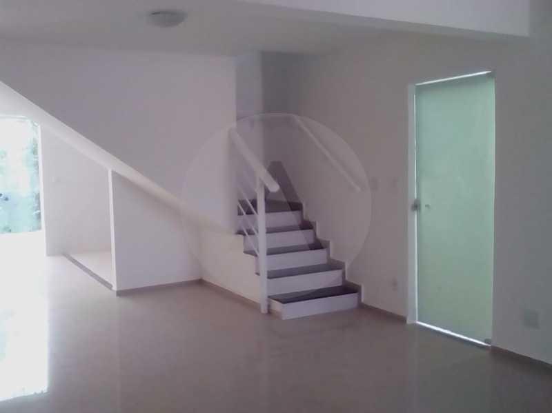 9- Casa Duplex Itaipu. - IMOBILIÁRIA AGATÊ IMÓVEIS VENDE CASA DUPLEX ITAIPU , NITERÓI. - HTCA40083 - 10