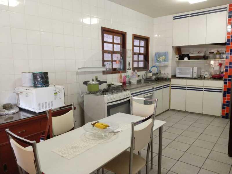 10 Casa Padrão Cambinhas. - Imobiliária Agatê Imóveis vende Casa de 180 m² por 1.290 mil reais Camboinhas - Niterói. - HTCA30190 - 11