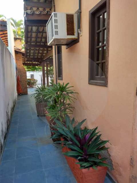 24 Casa Padrão Cambinhas. - Imobiliária Agatê Imóveis vende Casa de 180 m² por 1.290 mil reais Camboinhas - Niterói. - HTCA30190 - 25