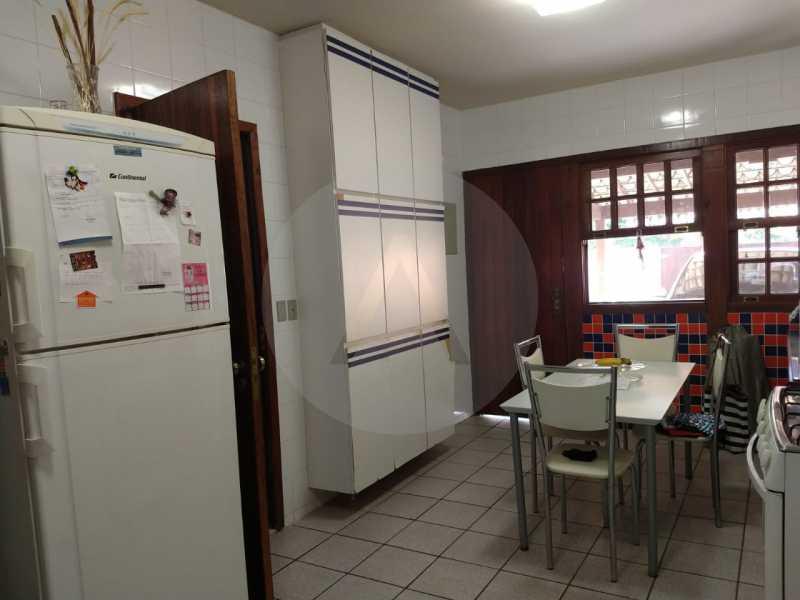 25 Casa Padrão Cambinhas. - Imobiliária Agatê Imóveis vende Casa de 180 m² por 1.290 mil reais Camboinhas - Niterói. - HTCA30190 - 26