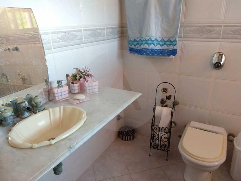 9 Casa Condomínio Itaipu. - Imobiliária Agatê Imóveis vende Oportunidade Casa em Condomínio de 380 m² por 750 mil reais Itaipu - Niterói. - HTCN50011 - 10