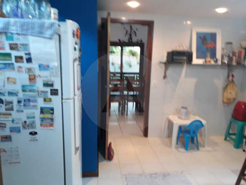 12Casa Condomínio Piratininga. - Imobiliária Agatê Imóveis vende Casa em Condomínio de 270 m² por 600 mil reais Itaipu - Niterói. - HTCN40062 - 13