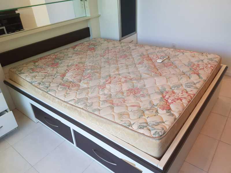20 -Flat Camboinhas. - Imobiliária Agatê Imóveis vende Apartamento/Flat de 60m² por R 420.000 - Camboinhas - Niterói/RJ. - HTFL20001 - 22