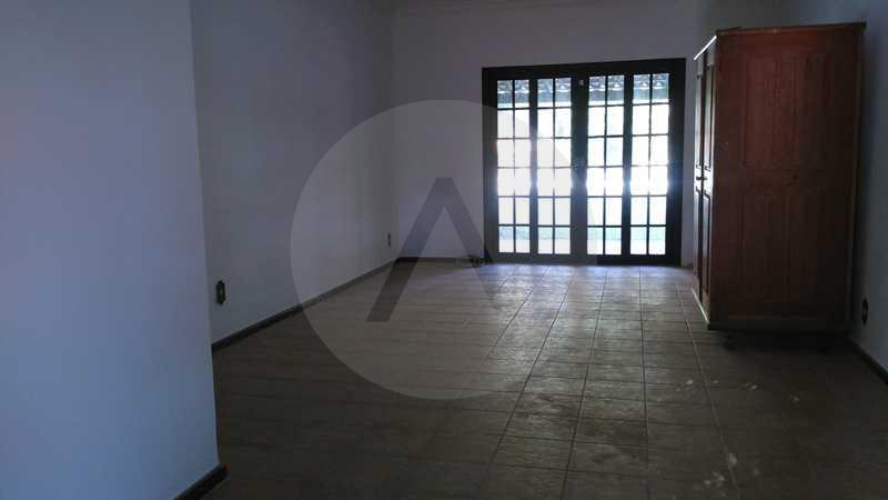 3 - Sala - Imobiliária Agatê Imóveis vende Casa Linear - Itaipu - Niterói. - HTCA20004 - 6