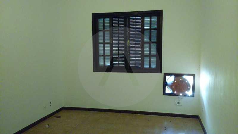 5 - Quarto 1 - Imobiliária Agatê Imóveis vende Casa Linear - Itaipu - Niterói. - HTCA20004 - 8