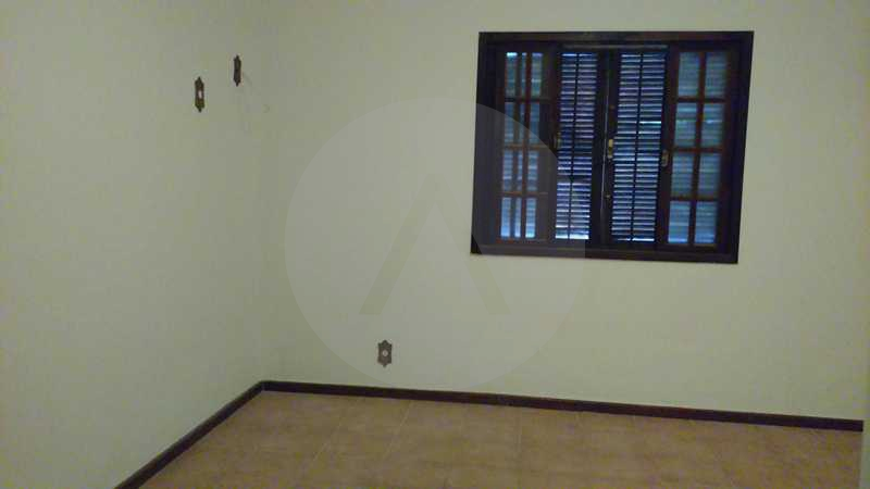 6 - Suite - Imobiliária Agatê Imóveis vende Casa Linear - Itaipu - Niterói. - HTCA20004 - 9