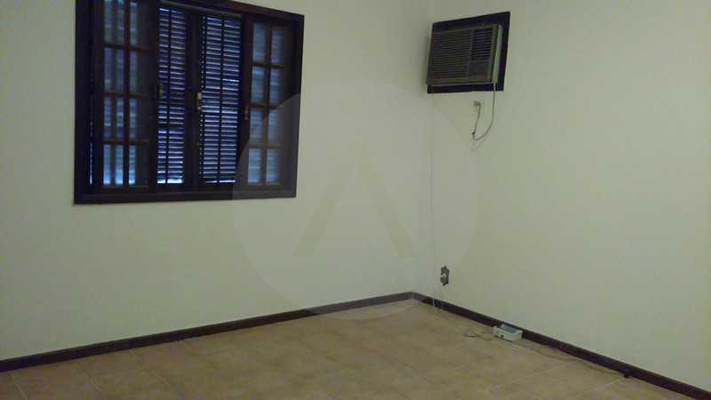 7 - Suite - Imobiliária Agatê Imóveis vende Casa Linear - Itaipu - Niterói. - HTCA20004 - 10