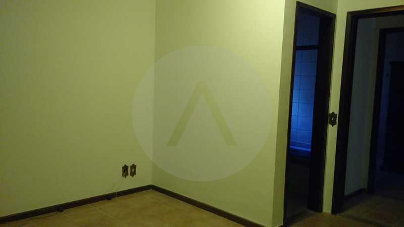 8 - Suite - Imobiliária Agatê Imóveis vende Casa Linear - Itaipu - Niterói. - HTCA20004 - 11