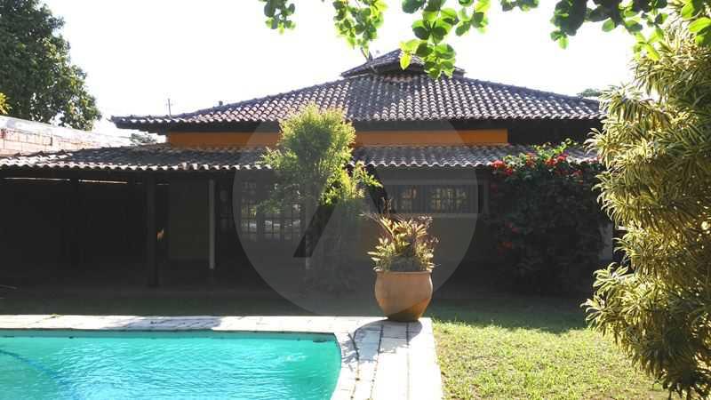 25 - Fachada Fundos - Imobiliária Agatê Imóveis vende Casa Linear - Itaipu - Niterói. - HTCA20004 - 3
