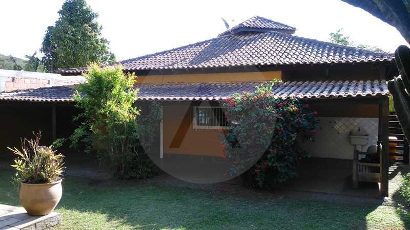 26 - Jardim Fundos - Imobiliária Agatê Imóveis vende Casa Linear - Itaipu - Niterói. - HTCA20004 - 27