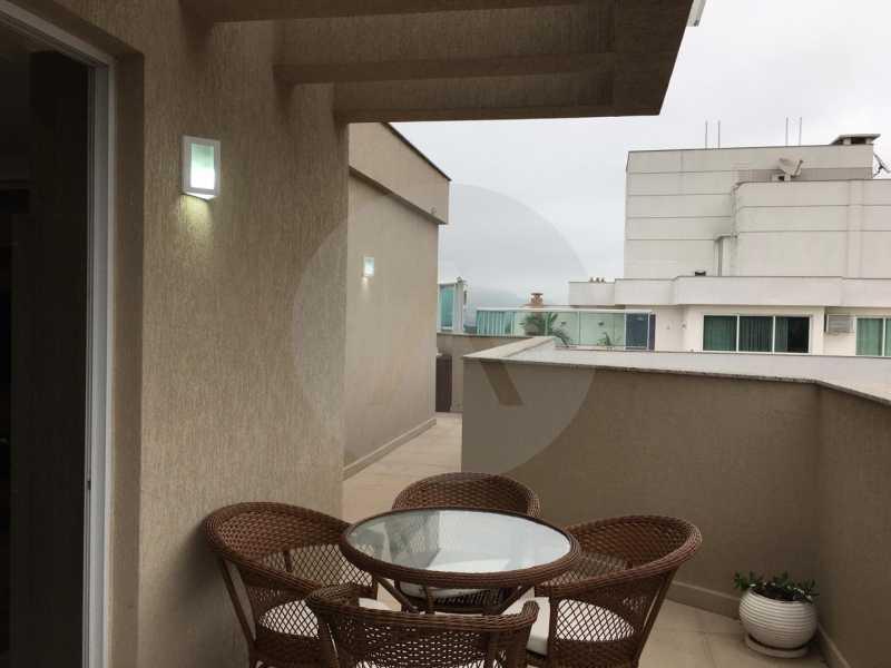 11-Cobertura Linear Itaipu. - Imobiliária Agatê Imóveis vende Cobertura Linear de 106 m² Itaipu - Niterói por 700 mil reais - HTCO20007 - 12