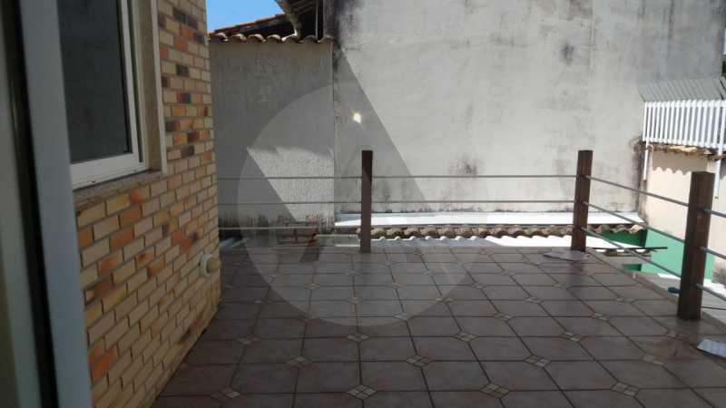 10 Casa Padrão Piratininga. - Imobiliária Agatê Imóveis vende Casa Triplex de 316 m² Piratininga - Niterói por 1.150 mil reais. - HTCA40105 - 11