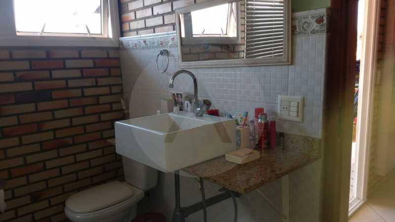 18 Casa Padrão Piratininga. - Imobiliária Agatê Imóveis vende Casa Triplex de 316 m² Piratininga - Niterói por 1.150 mil reais. - HTCA40105 - 19