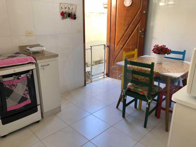 2 Casa Padrão Itaipu. - Imobiliária Agatê Imóveis vende Casa Linear de 100 m² Itaipu - Niterói por 470 mil reais. - HTCA20035 - 3
