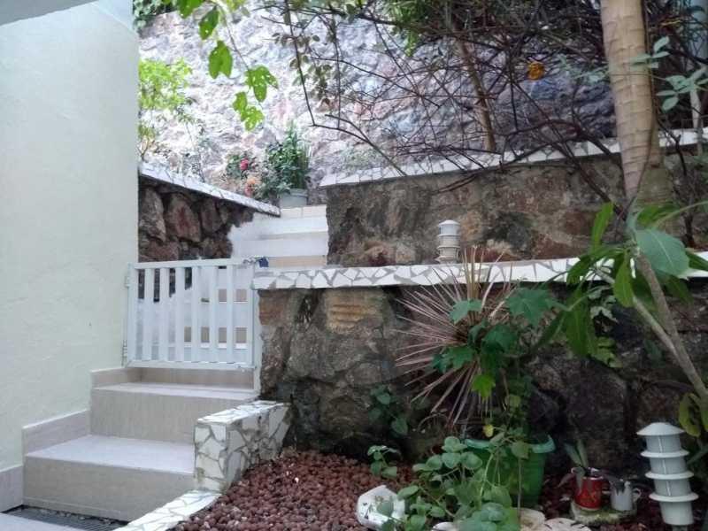 25 Casa Padrão Camboinhas. - Imobiliária Agatê Imóveis vende Casa Padrão - Camboinhas - Niterói. - HTCA40112 - 26