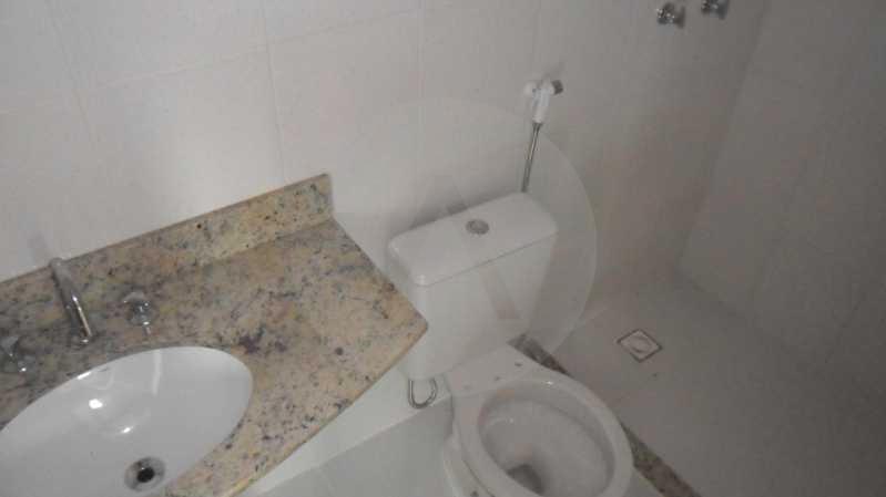 Casa de Condomínio em Itaipu  - Imobiliária Agatê Imóveis vende Casa Duplex em Condomínio de 150 m² Itaipu - Niterói por 320 mil reais. - HTCN30012 - 23