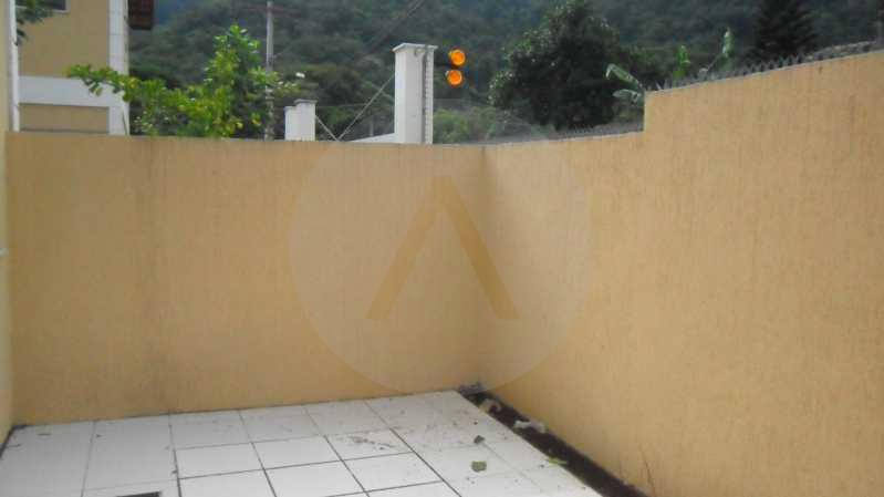 Casa de Condomínio em Itaipu  - Imobiliária Agatê Imóveis vende Casa Duplex em Condomínio de 150 m² Itaipu - Niterói por 320 mil reais. - HTCN30012 - 26