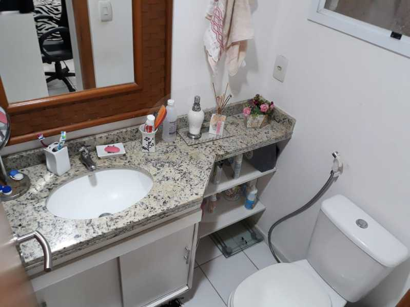 16 Apto Pendotiba. - Agatê Imóveis vende Apartamento Padrão com 3 dormitórios, 70m² Pendotiba - Niterói por 475 mil reais. - HTAP30043 - 17