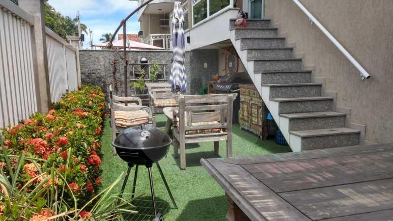 1 Apartamento Garden Piratinin - Imobiliária Agatê Imóveis vende Apartamento Garden com 120m² - Trevo de Piratininga - Niterói. - HTAP30046 - 1