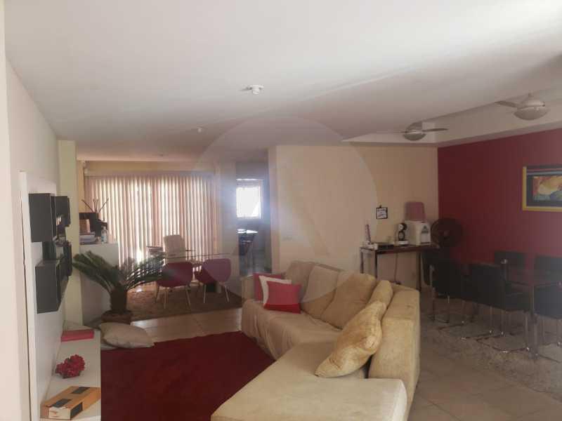 4 Casa Padrão Piratininga. - Imobiliária Agatê Imóveis vende Casa Triplex em rua asfaltada de 225 m² Piratininga - Niterói por 780 mil reais. - HTCA40123 - 4