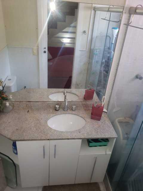 20 Casa Padrão Piratininga. - Imobiliária Agatê Imóveis vende Casa Triplex em rua asfaltada de 225 m² Piratininga - Niterói por 780 mil reais. - HTCA40123 - 21