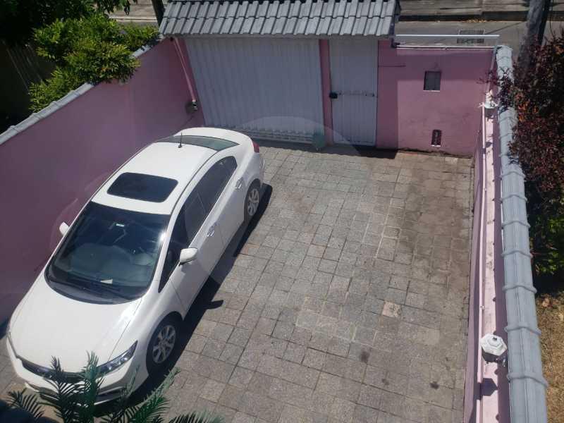 21 Casa Padrão Piratininga. - Imobiliária Agatê Imóveis vende Casa Triplex em rua asfaltada de 225 m² Piratininga - Niterói por 780 mil reais. - HTCA40123 - 22