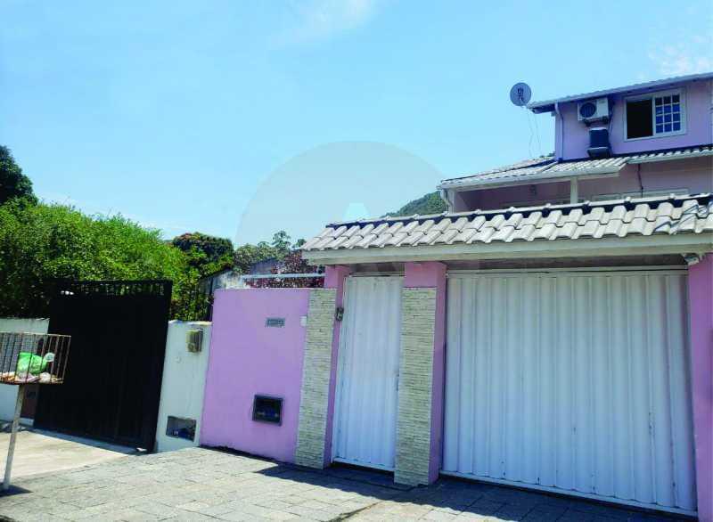 22 Casa Padrão Piratininga. - Imobiliária Agatê Imóveis vende Casa Triplex em rua asfaltada de 225 m² Piratininga - Niterói por 780 mil reais. - HTCA40123 - 23