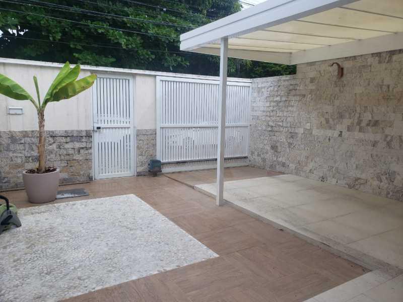 casa rua buzzin itaipu 01 - Imobiliária Agatê Imóveis vende casa em condomínio por R 950.000 - Itaipu - Niterói/RJ - HTCN40082 - 4