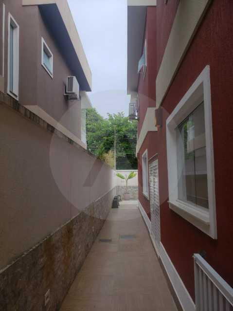 casa rua buzzin itaipu 08 - Imobiliária Agatê Imóveis vende casa em condomínio por R 950.000 - Itaipu - Niterói/RJ - HTCN40082 - 10