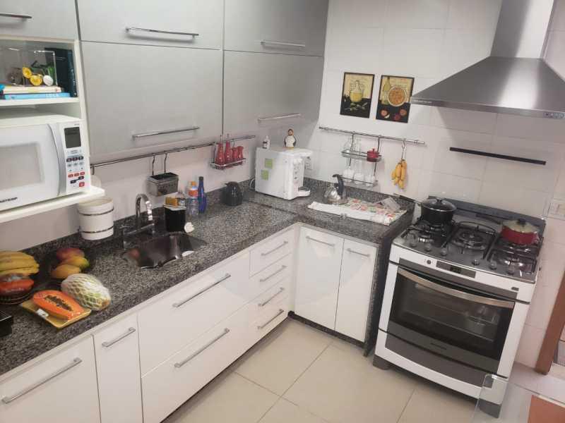 casa rua buzzin itaipu 11 - Imobiliária Agatê Imóveis vende casa em condomínio por R 950.000 - Itaipu - Niterói/RJ - HTCN40082 - 13