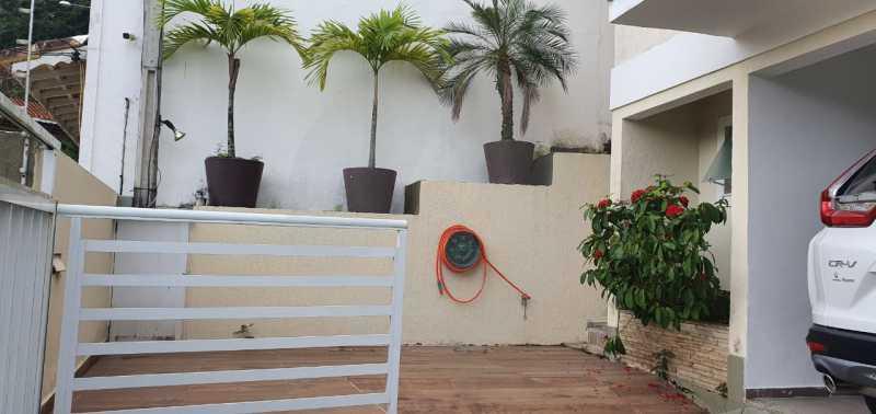 casa argeu 08 - Imobiliária Agatê Imóveis vende Casa Padrão de 250m² Itaipu - Niterói por 890 mil reais - HTCA30252 - 10