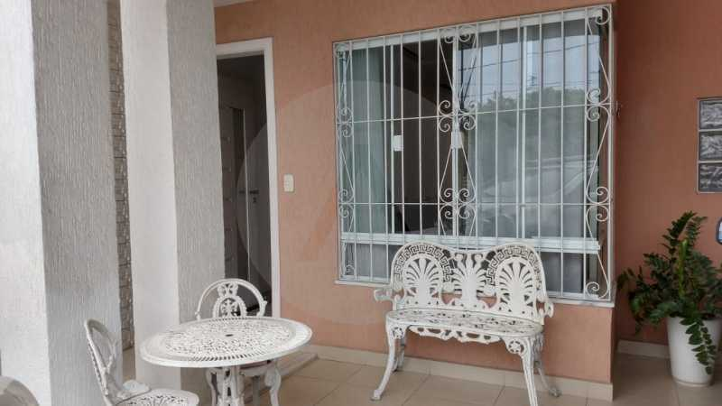 3 Casa Padrão Itaipu. - Imobiliária Agatê Imóveis vende Casa Duplex - Itaipu - Niterói. - HTCA30254 - 4