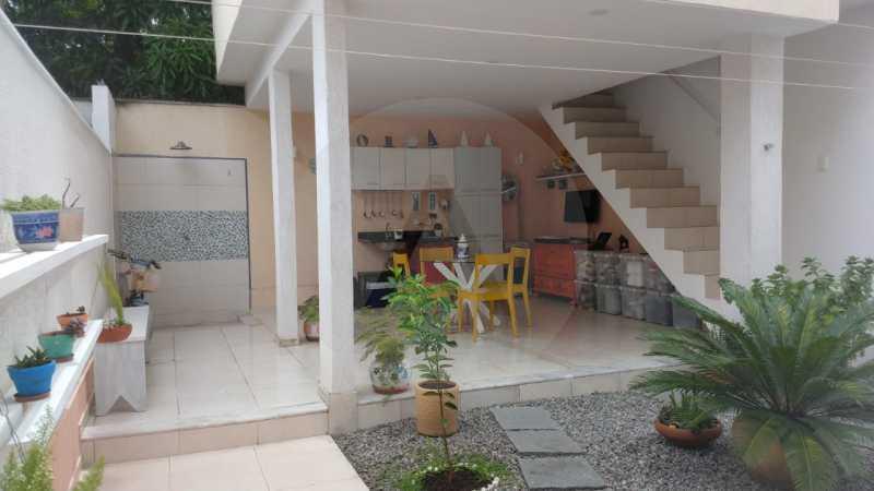 11 Casa Padrão Itaipu. - Imobiliária Agatê Imóveis vende Casa Duplex - Itaipu - Niterói. - HTCA30254 - 12